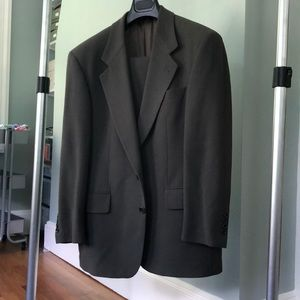 Hugo Boss olive wool suit